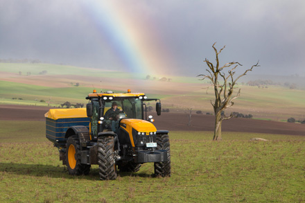 Simon Manwaring bought the JCB 4220 Fastrac because of the versatility it gives him.