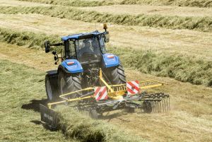 New Holland ProRotor rake