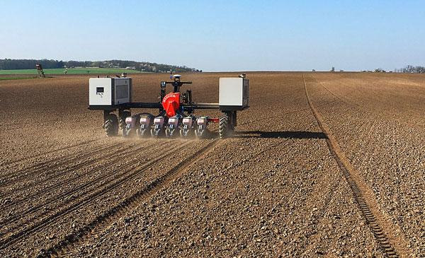 Agrointelli Robotti Tool Carrier